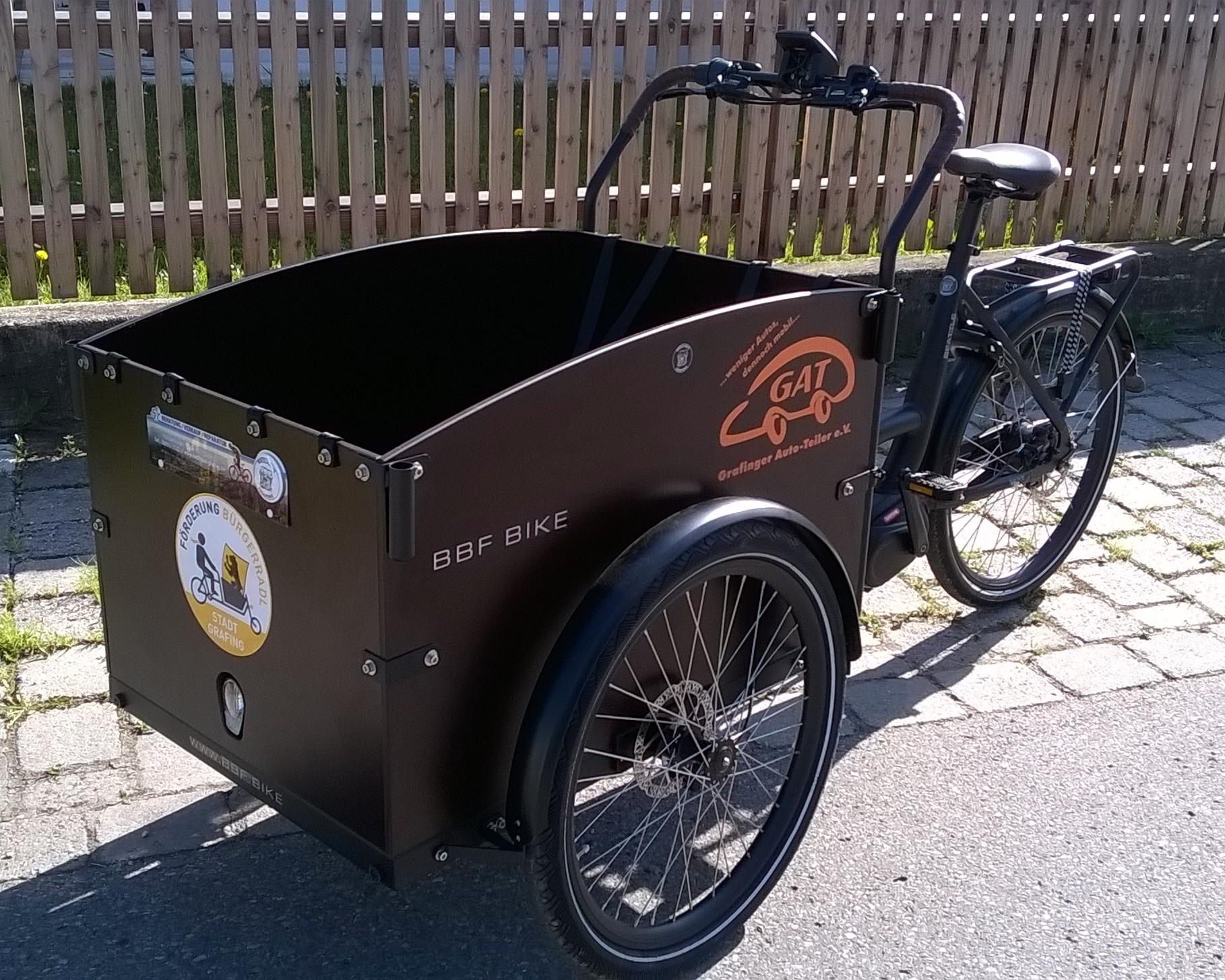 gefördertes E-Lastenrad der Grafinger Autoteiler