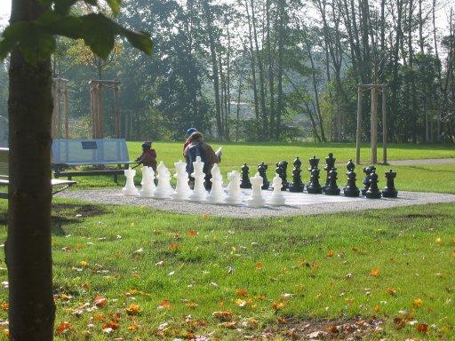 Schach im Grafinger Stadtpark